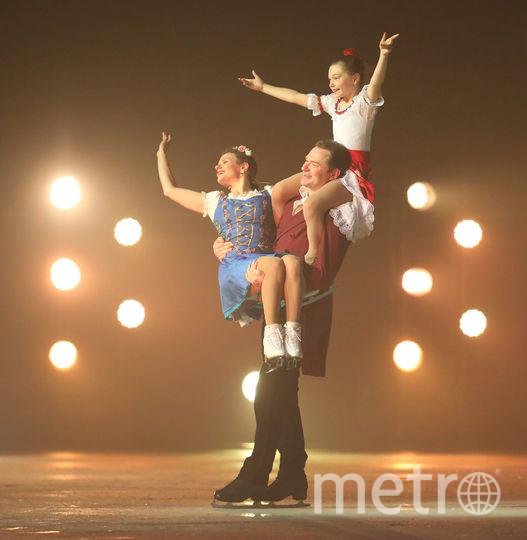 """Шоу Авербуха """"Кармен"""" - яркое и впечатляющее. Алексей Тихонов с Марией Петровой и дочкой Полиной. Фото предоставлено организаторами, """"Metro"""""""