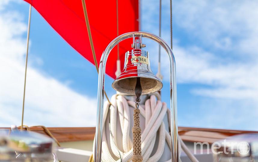 """Главный символ праздника - парусник. Фото предоставлено «Пятым каналом», """"Metro"""""""