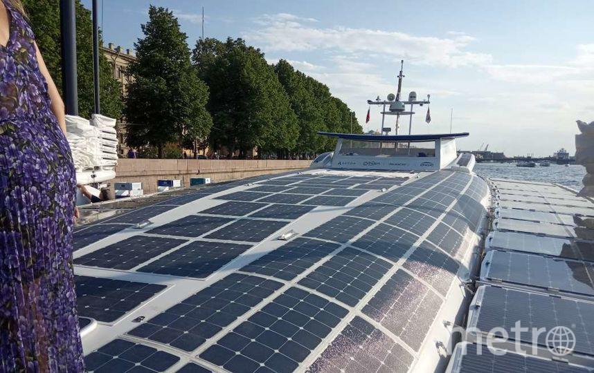 """Energy Observer – это плавучая лаборатория по получению экологически чистой энергии. Фото Евгений Голанцев, """"Metro"""""""