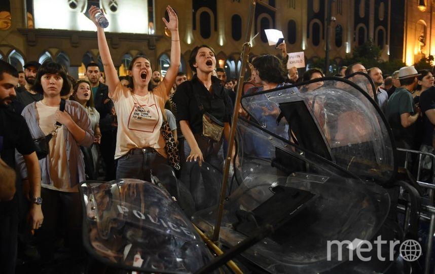 Протестующие в Тбилиси. Фото AFP