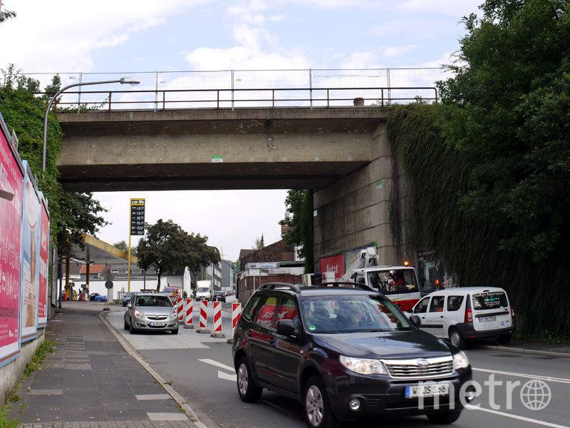 Так выглядел мост до того, как его раскрасил MEGX. Фото MEGX