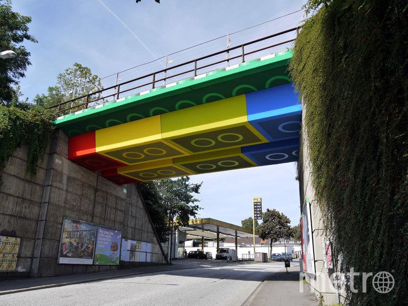 Мост в немецком городе Вупперталь. Фото MEGX