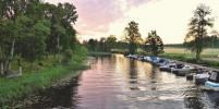 В восьми парках Москвы открыли станции проката лодок и катамаранов