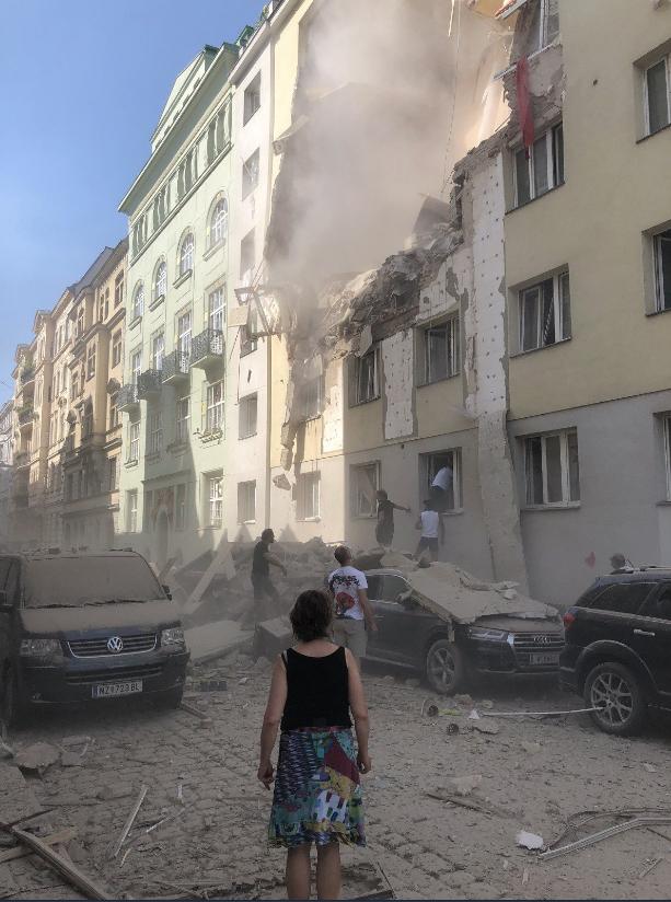 Мощный взрыв прогремел в жилом доме в Вене