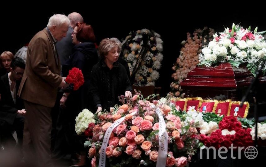 Актриса Лия Ахеджакова на церемонии прощания. Фото РИА Новости