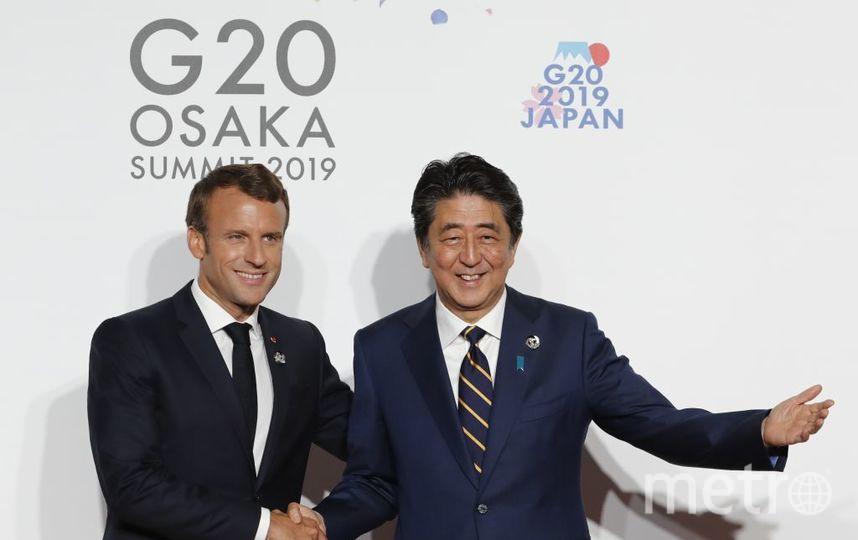 Церемония фотографирования на G20. Эммануэль Макрон и Синдзо Абэ. Фото Getty