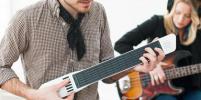4 способа научиться играть на музыкальных инструментах
