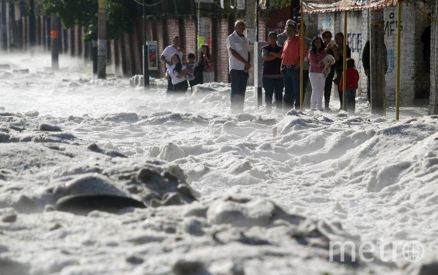 В мексиканском городе Гвадалахара выпал град. Фото AFP