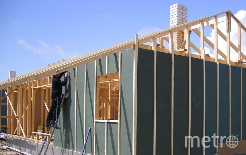 """Ветрозащитные плиты Изоплат, на стены, крышу и под пол. Фото """"Metro"""""""