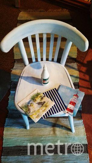 Теперь расположите рисунок на стуле так, как вам нравится. Фото Скриншот instagram @grebenkova_art_actris