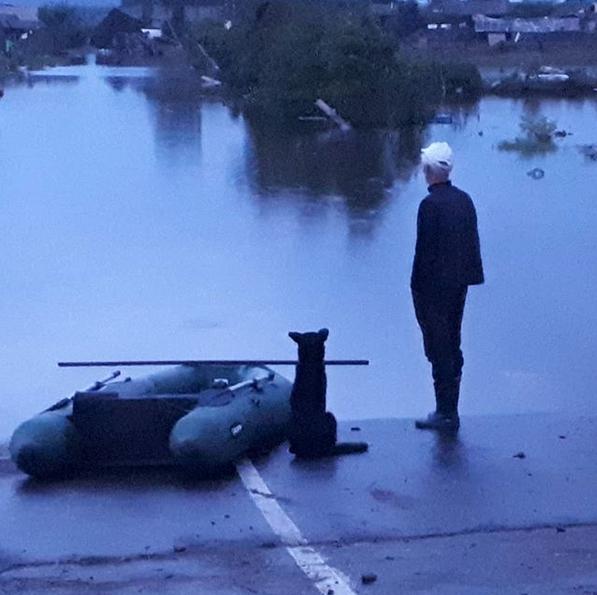 Тулун после наводнения. Фото скриншот: instagram.com/sergey_gsxr/