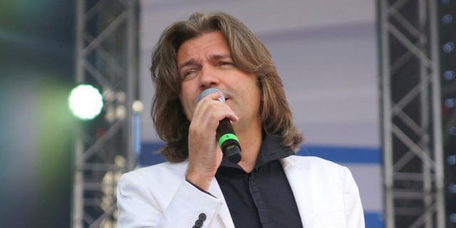 Певец Дмитрий Маликов.