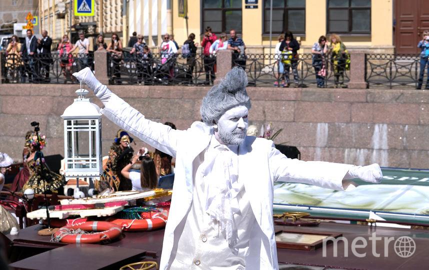 """Речной карнавал-2019 в Петербурге. Фото Святослав Акимов, """"Metro"""""""