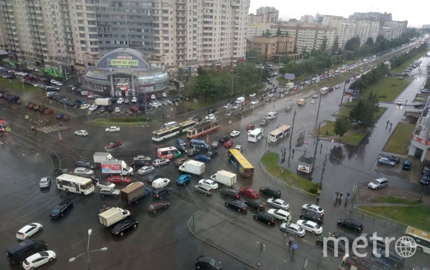 Проспект Луначарского. Фото ДТП и ЧП   Санкт-Петербург   vk.com/spb_today., vk.com