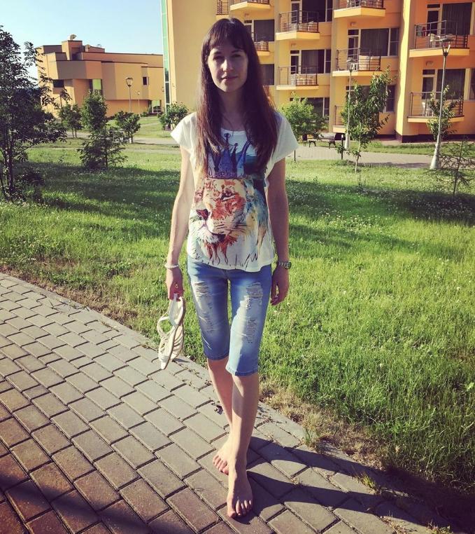 """irina_lynx_ считает, что """"иногда пройтись босиком полезно"""". Фото instagram.com/irina_lynx_/"""