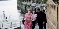 Племянница леди Ди в прозрачном платье затмила всех на вечеринке Bvlgari в Италии
