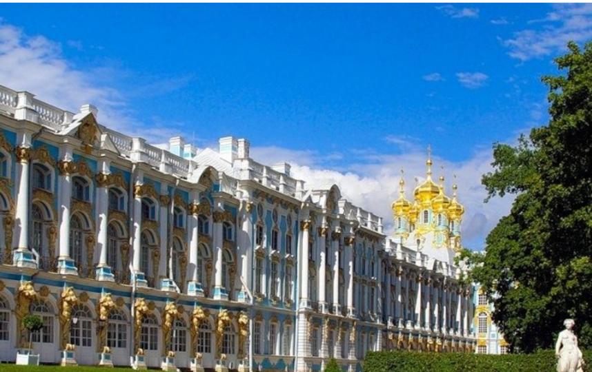 """Екатерининский дворец. Фото https://carskoe-selo.su/, """"Metro"""""""
