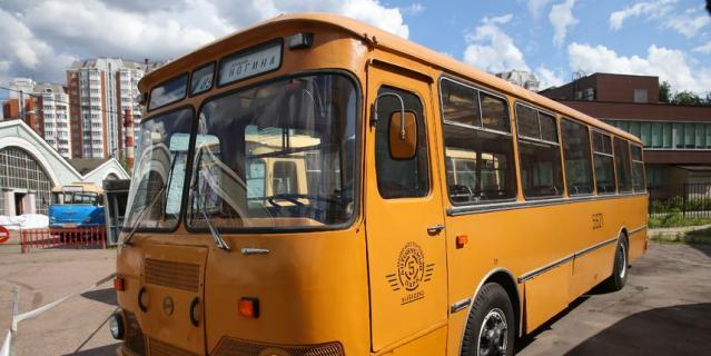 Жёлтые «лиазики» массово выпускались в нашей стране до 1994 года.