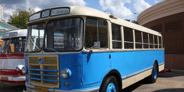 Именно эта модель автобуса была самой популярной в СССР до появления жёлтого 677-го «ЛиАЗа».