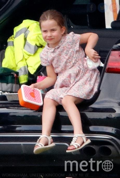 "Шарлотта повзрослела, девочка стала очень похожа на отца. Фото https://www.instagram.com/royalteawithjam/, ""Metro"""