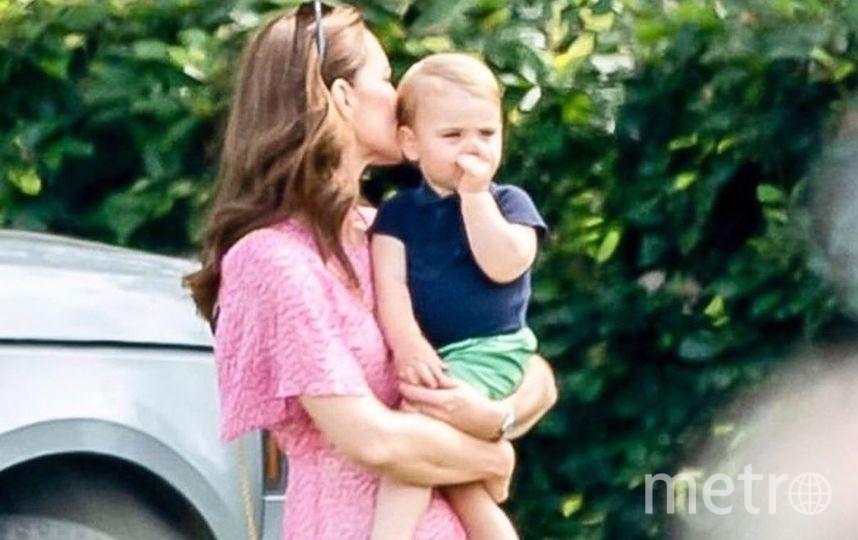 "Фото Кейт Миддлтон и принца Луи. Фото https://www.instagram.com/royalteawithjam/, ""Metro"""