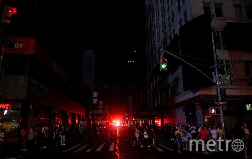 В субботу, 13 июля, центр Нью-Йорка остался без света. Фото AFP