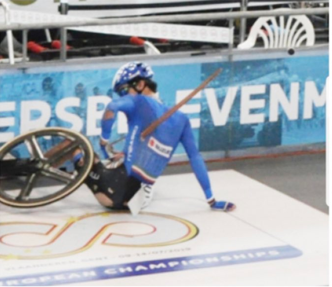 Лоренцо Гоббо получил тяжёлую травму на велотреке. Фото Скриншот @MichGPS