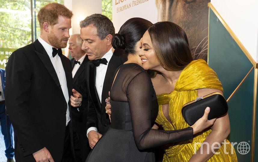 """Меган Маркл и принц Гарри на премьере фильма """"Король Лев"""" вместе с Бейонсе и Джей-Зи. Фото AFP"""