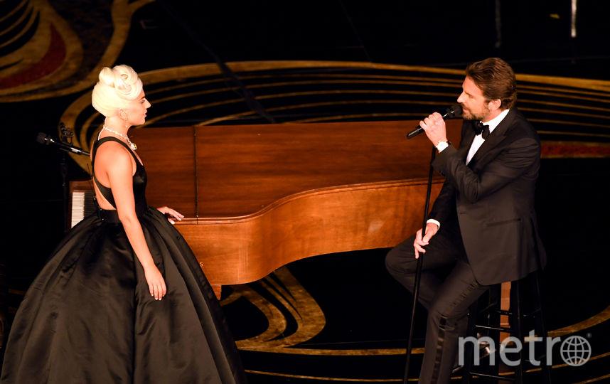 """Леди Гага и Брэдли Купер на церемонии вручения кинопремии """"Оскар"""". Фото Getty"""