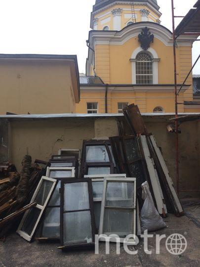 Рамы с ул. Воскова, 6. Фото instagram @stadter