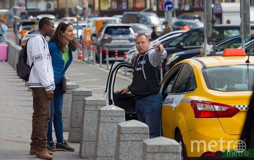На западе Москвы ограничат движение из-за закрытия участка Филёвской линии метро. Фото Василий Кузьмичёнок