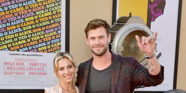 Актёр Крис Хемсворт с женой Эльзой Патаки.