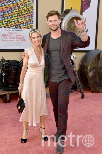 Актёр Крис Хемсворт с женой Эльзой Патаки. Фото Getty
