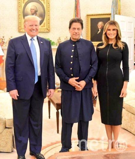"Фото из Белого дома. Дональд Трамп, Мелания и Имран Хан. Фото ""Metro"""