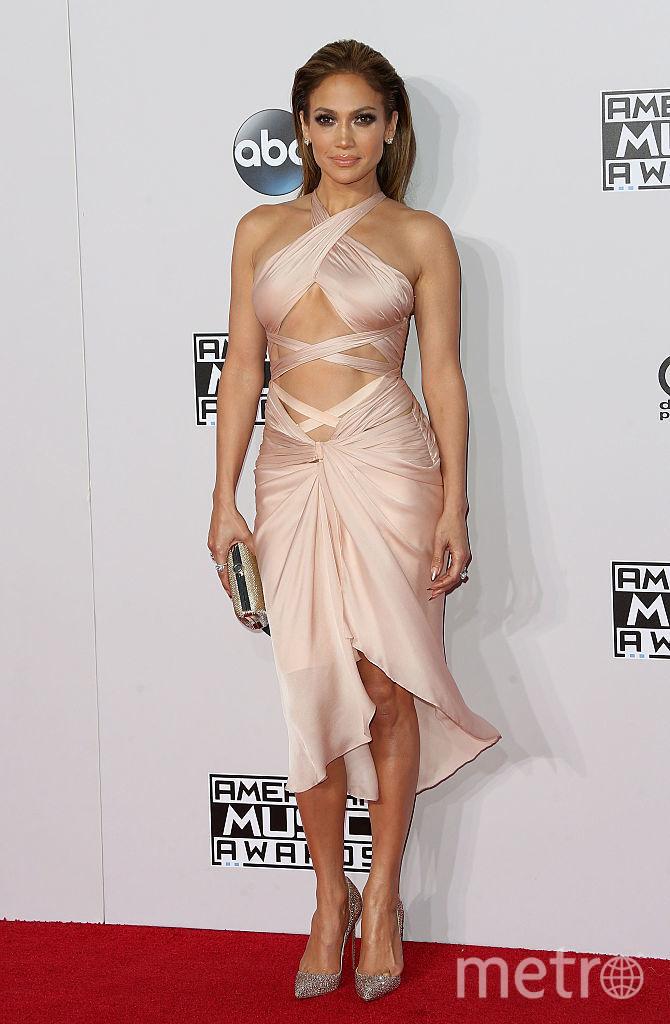 Дженнифер Лопес обожает эпатажные и откровенные платья. Фото Getty