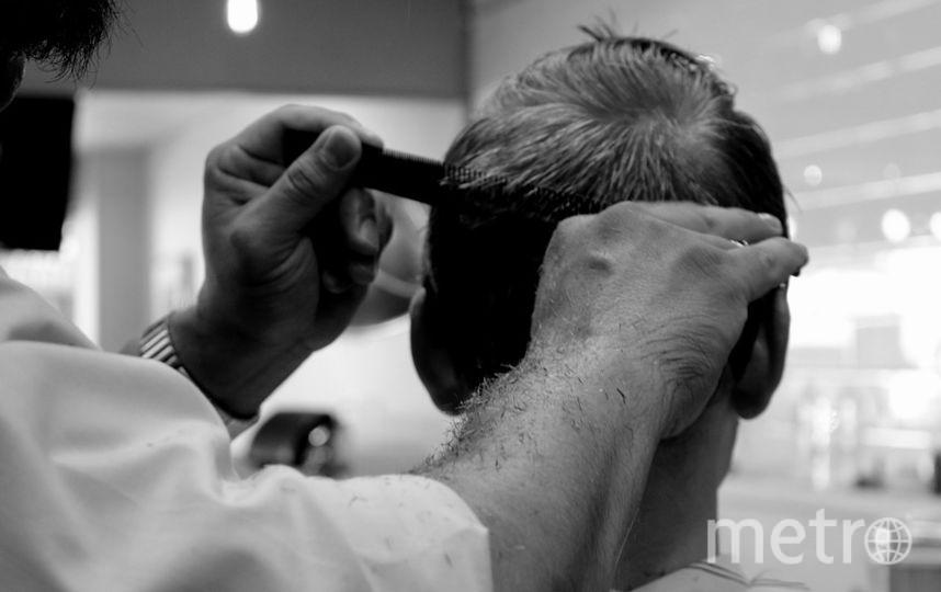 """Мужчина, работающий в Петербурге парикмахером, получил удар ножом в грудь. Фото https://pixabay.com, """"Metro"""""""