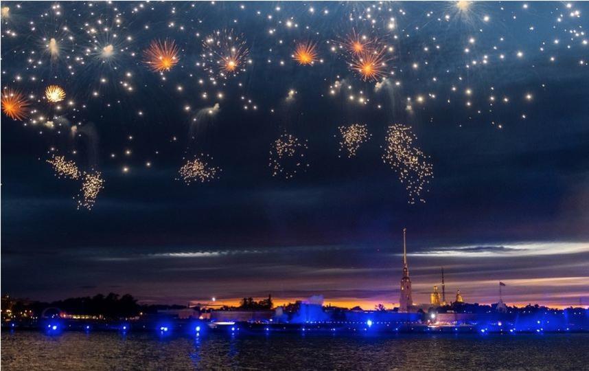 """День ВМФ в Петербурге завершат фейерверком. Фото """"Metro"""""""