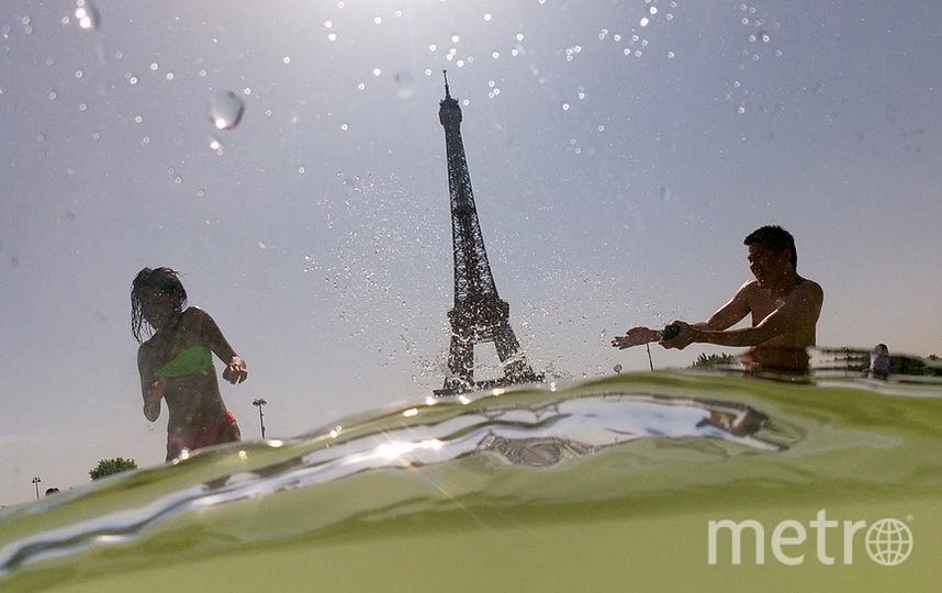 Температура в Париже поднялась до 42,6 градусов. Фото AFP
