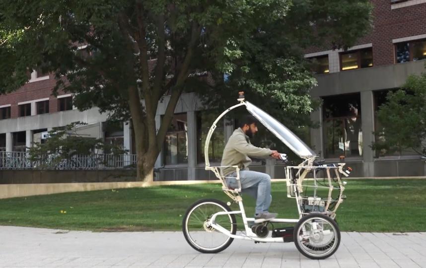 Автономный электрический велосипед Кента Ларсона. Фото Youtube Kent Larson