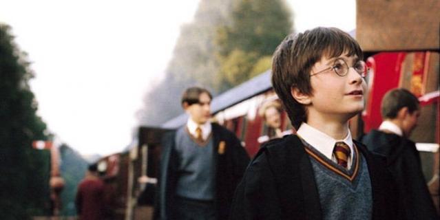 """Кадр из фильма """"Гарри Поттер и философский камень""""."""