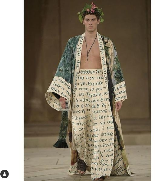 """Филипп Киркоров приобрел эти наряды после июльского показа Dolce&Gabbana на Сицилии. Фото https://www.instagram.com/fkirkorov/, """"Metro"""""""