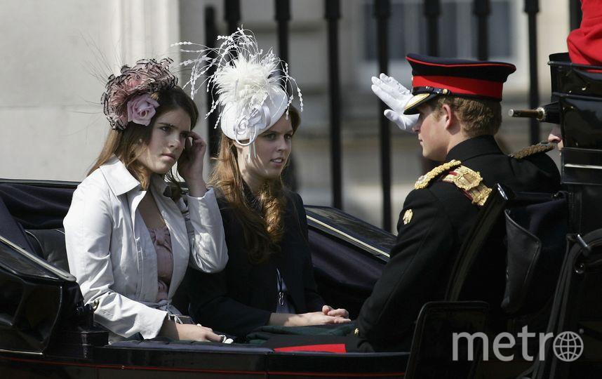 Принцесса Евгения, принцесса Беатрис и принц Гарри, 2006 год. Фото Getty