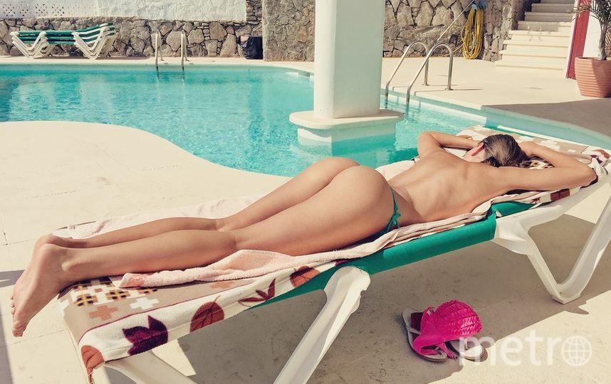 Власти Барселоны разрешили женщинам купаться в городских бассейнах топлесс. Фото pixabay.com