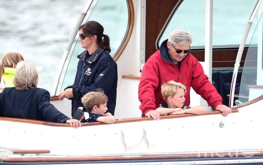 Принц Джордж с дедушкой Майклом Миддлтоном. Фото Getty