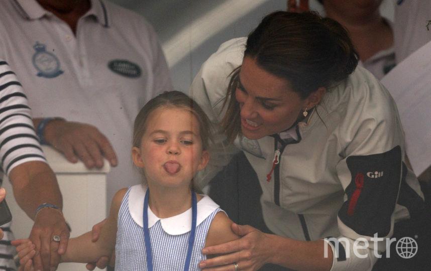 Кейт Миддлтон и принцесса Шарлотта. Фото AFP