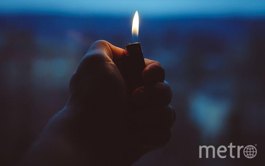 Подожгла её платье подруга, которая играла с зажигалкой. Фото Pixabay