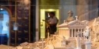 В Музей религии в Петербурге идут за чудом
