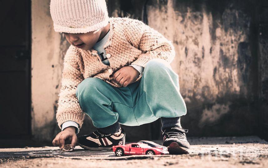 """Жительница Кубани оставила дочь в кафе и попросила найти ей новых родителей. Фото Pixabay.com, """"Metro"""""""