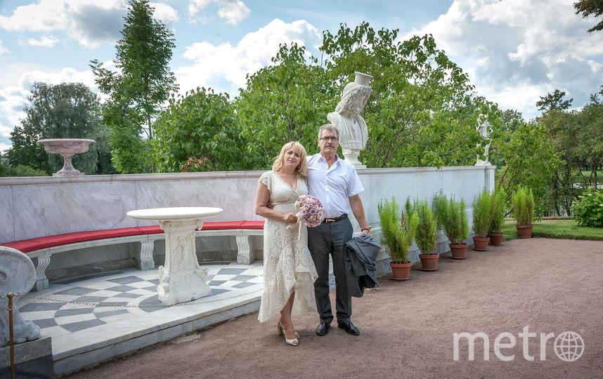 """Надежда и Александр познакомились еще будучи подростками. А свадьбу сыграли лишь через 40 лет. Фото  фото из личного архива надежды Бурковой, """"Metro"""""""