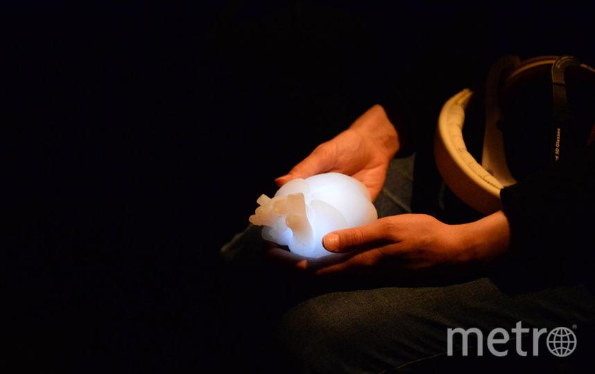 """В руках зрителей пульсировало силиконовое сердце. Фото Святослава Акимова, """"Metro"""""""